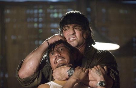 Sylvester Stallone a Rambo 5 című film egyik jelenetében