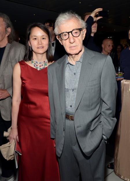 Woody Allen Oscar-díjas amerikai filmrendező és jelenlegi felesége, Soon-Yi