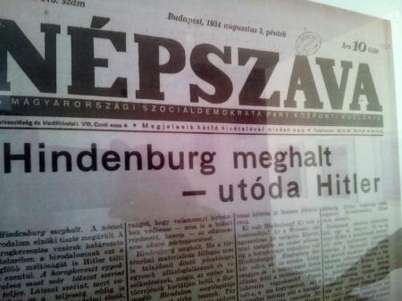 A Népszava 1934-es lapszáma (Fotó: Mészáros Márton)