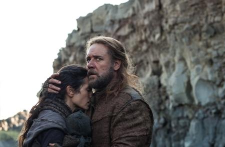 Jennifer Connelly és Russell Crowe a Noé című film egyik jelenetében