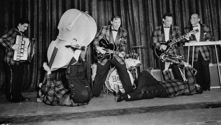 Bill Haley & His Comets egy koncertjük próbáján