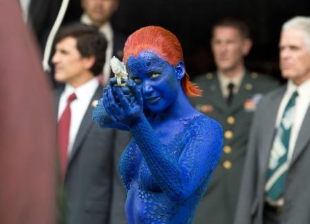 Jennifer Lawrence amerikai színésznő az X-Men: Az eljövendő múlt napjai című film egyik jelenetében