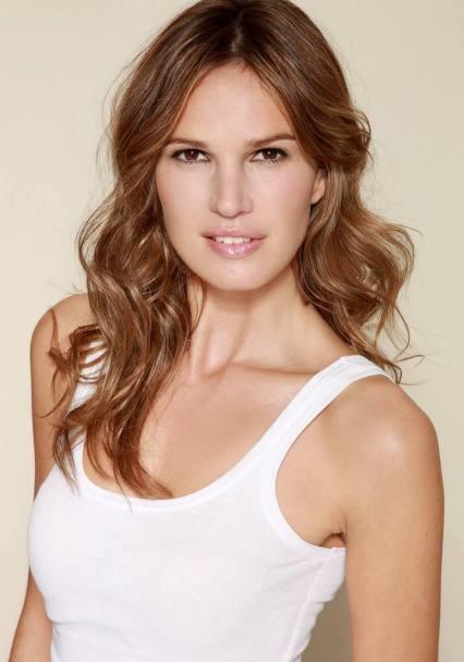 Olalla Oliveros visszavonult spanyol modell-színésznő