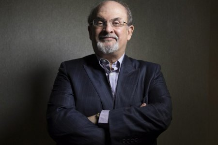 Salman Rushdie brit író