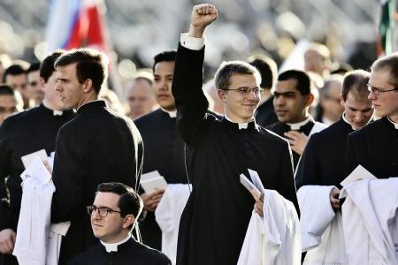 Fiatal papok a Vatikánban