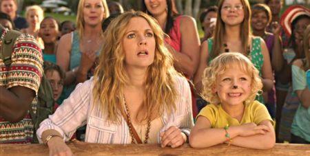 Drew Barrymore és Alyvia Alyn Lind a Kavarás című film egyik jelenetében
