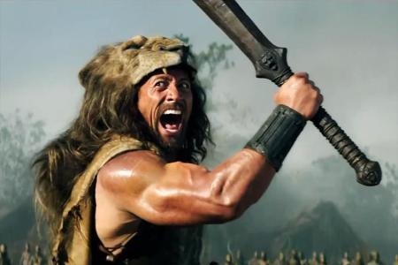 Dwayne Johnson amerikai színész a Herkules című film egyik jelenetében