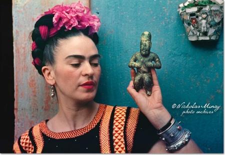 Frida Kahlo mexikói festőművész Nicolas Muray felvételén