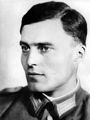 Claus von Stauffenberg német ezredes, aki merényletet kísérelt meg Hitler ellen