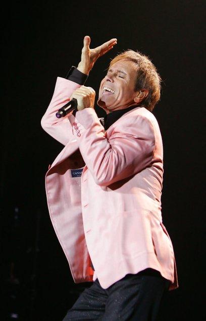 Cliff Richard brit énekes koncertet ad Londonban 2009-ben