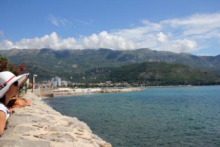 Turista a montenegrói Budvában 2014. július 30-án (Fotó: Mészáros Márton)