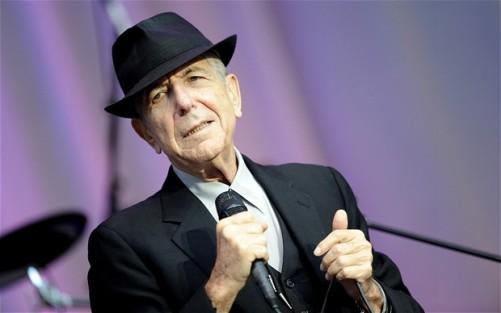 Leonard Cohen kanadai énekes, költő