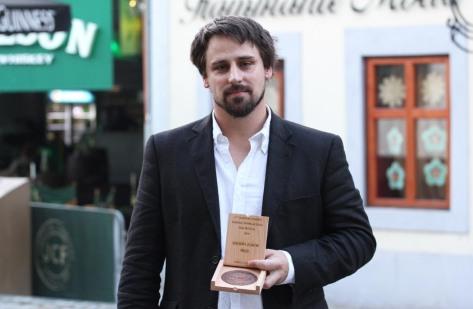 Reisz Gábor filmrendező a zsűri nagydíjával a Jameson CineFest Miskolci Nemzetközi Filmfesztiválon 2014. szeptember 20-án (Fotó: Mészáros Márton)