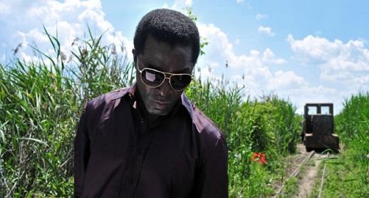 Isaach De Bankolé elefántcsontparti színész Hajdu Szabolcs Délibáb című filmjének egyik jelenetében