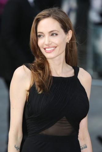 Angelina Jolie Oscar-díjas amerikai színésznő, rendező filmpremieren